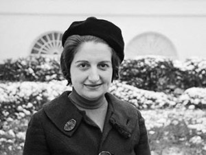 01 Mar 1962, Washington, DC, USA --- This is a photograph of Helen Thomas, UPI reporter in Washington, DC. --- Image by © Bettmann/CORBIS